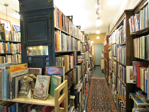 Gallagher Books, interior