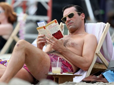 Don Draper reading The Inferno